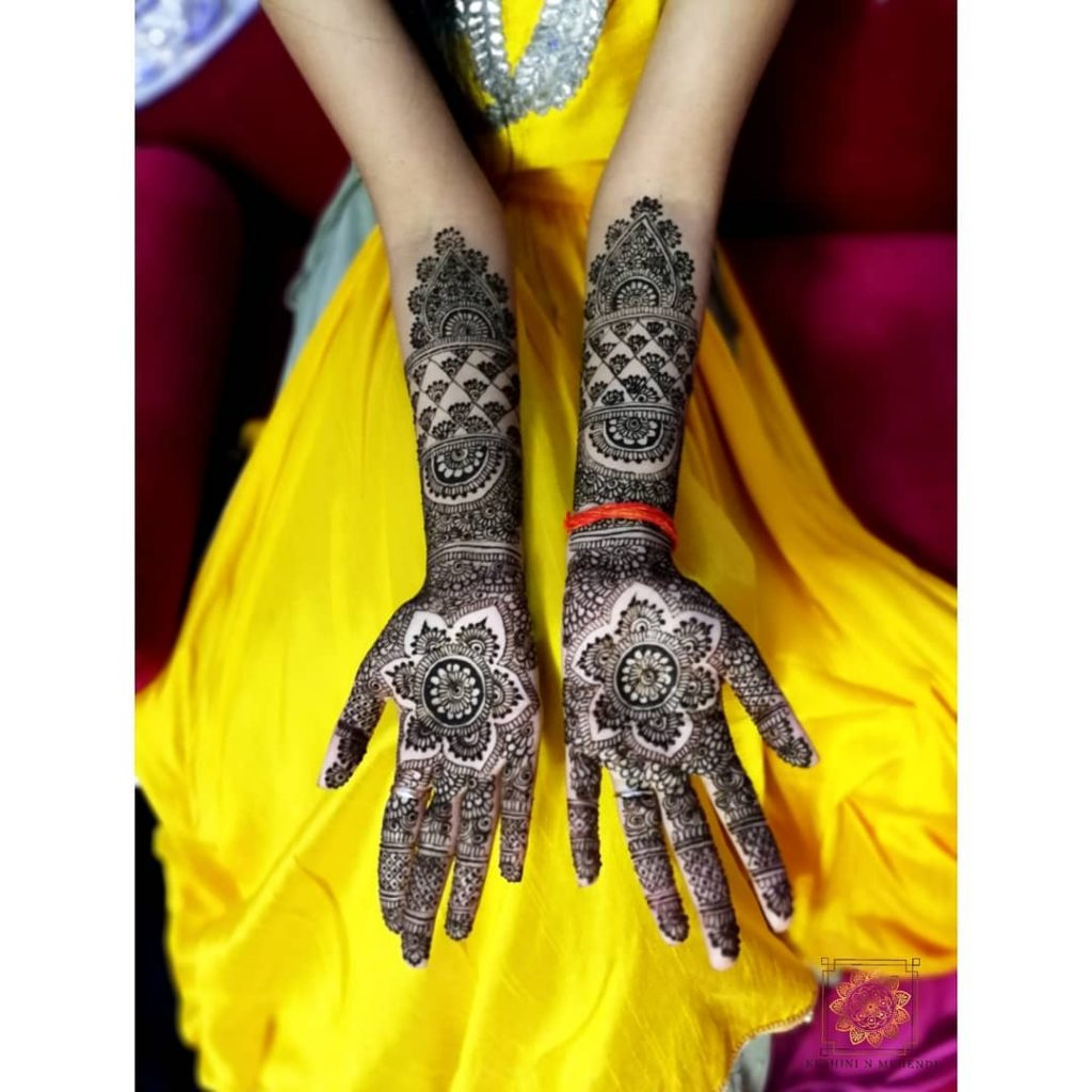 20+ Mandala Mehendi Designs for Brides, 17. Amazing Big Flower Mandala