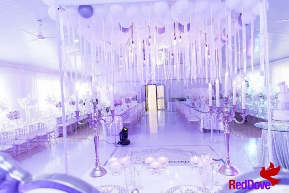 Elegant Ways to Choose White Color Theme for Your Wedding Venue, 2 16