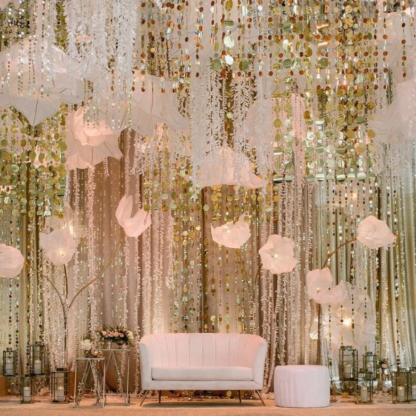 Elegant Ways to Choose White Color Theme for Your Wedding Venue, 2 19