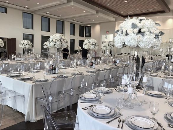 Elegant Ways to Choose White Color Theme for Your Wedding Venue, 3 17