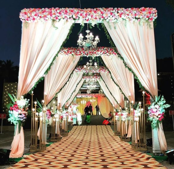 Trending Walkway Decor Ideas that could be the Oomph Factor of Your Wedding, 3