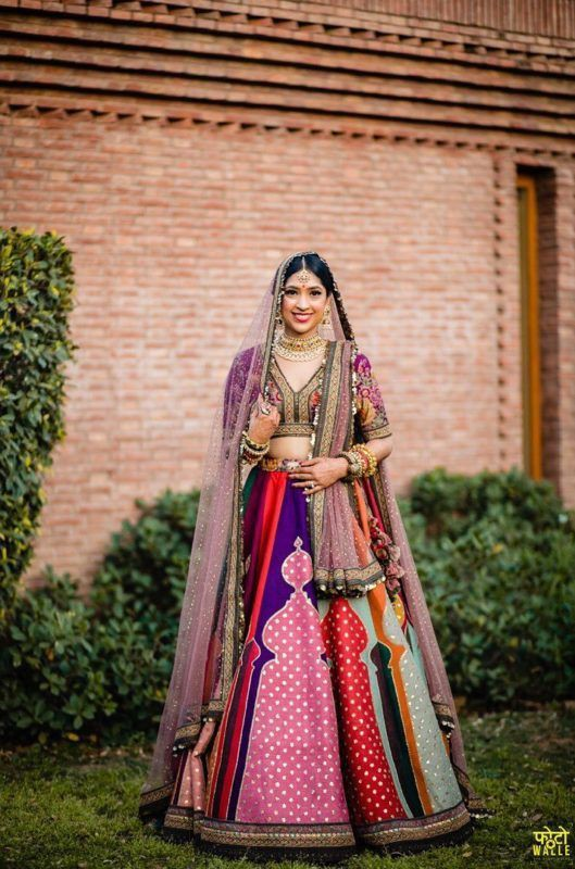 Multi-Colored Lehengas For Your Pheras That Are Trending On Instagram, 3a846daad9bdedb80292afa3adc93372