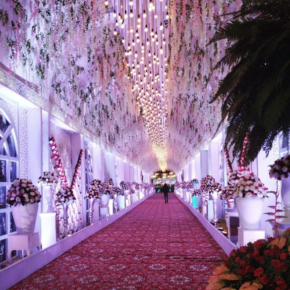 Trending Walkway Decor Ideas that could be the Oomph Factor of Your Wedding, 4
