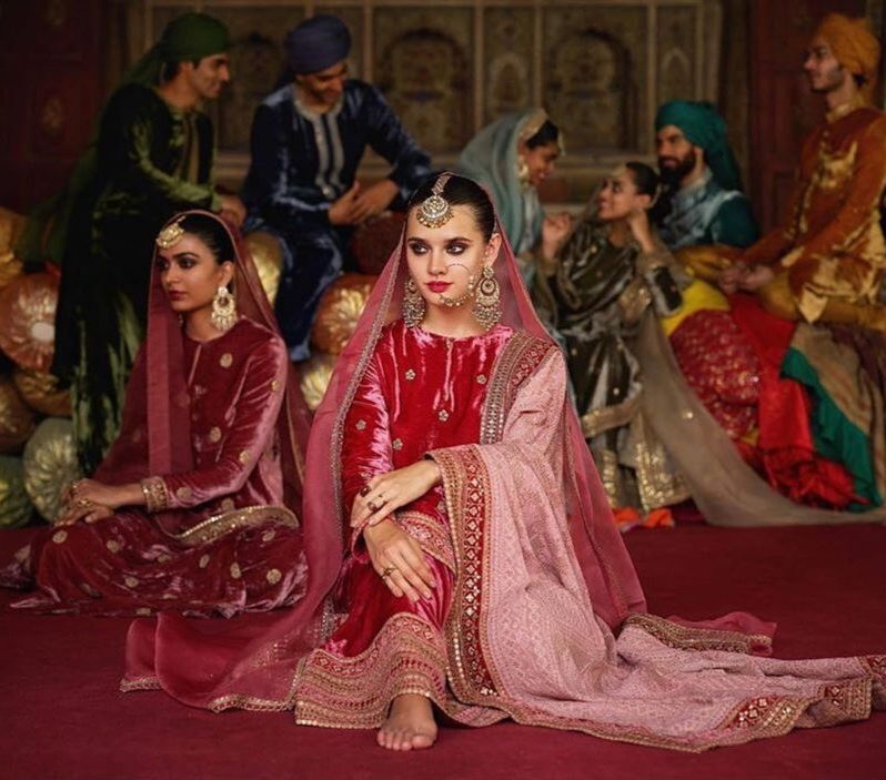 19 Gorgeous Velvet Lehengas By Sabyasachi For A Cozy Winter Wedding, IMG 20200926 143143 1 e1601297868400