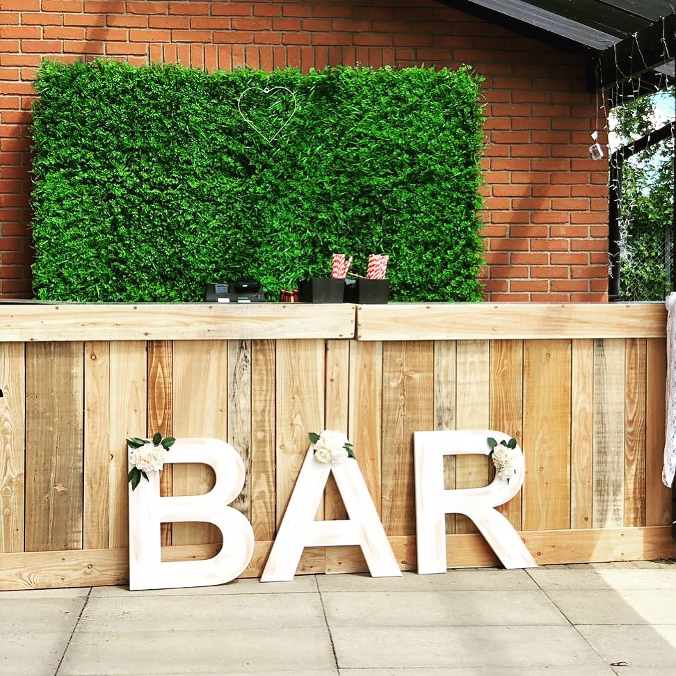 20 Unique and Quirky Wedding Bar Decor Ideas for Ritzy Cocktail Party, m 14