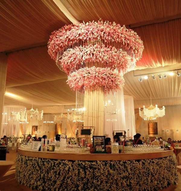 20 Unique and Quirky Wedding Bar Decor Ideas for Ritzy Cocktail Party, m 15