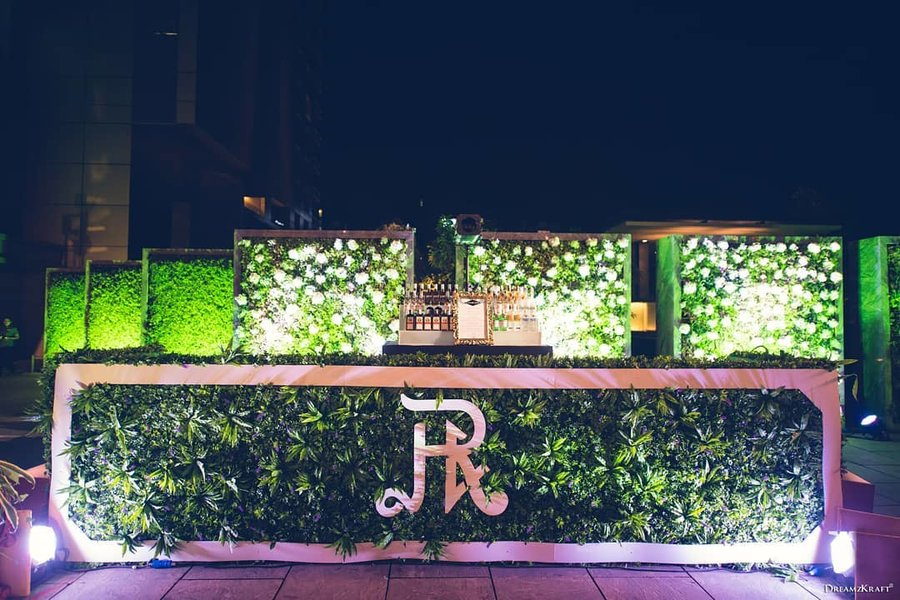 20 Unique and Quirky Wedding Bar Decor Ideas for Ritzy Cocktail Party, m 24