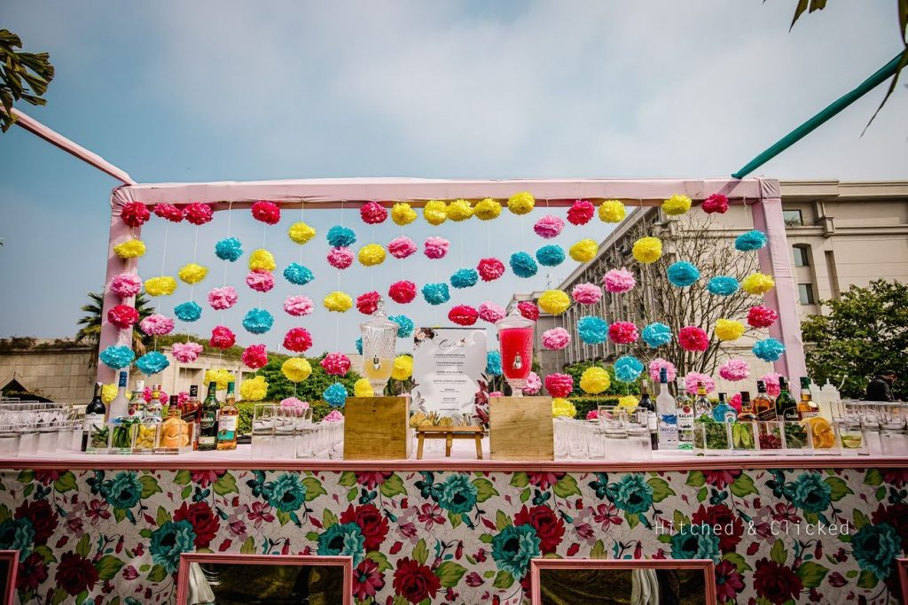 20 Unique and Quirky Wedding Bar Decor Ideas for Ritzy Cocktail Party, m 25