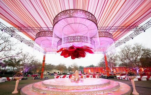 All Pink Decor Elements for a Fairytale Wedding Venue, m 3
