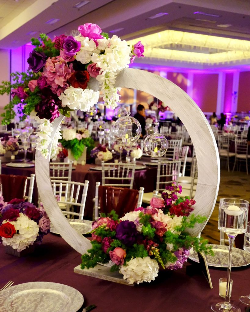 Gorgeous and Unique Wedding Centerpieces for the Gala Dinner, m 33