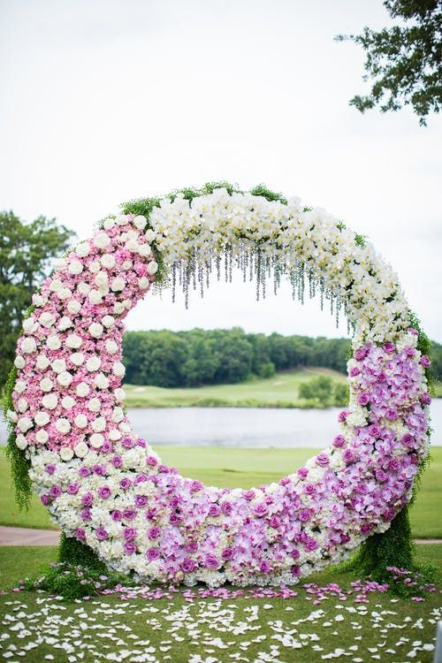 Floral Backdrop and Circle Arches for a Heavenly Wedding, m 44
