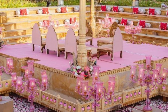 All Pink Decor Elements for a Fairytale Wedding Venue, m