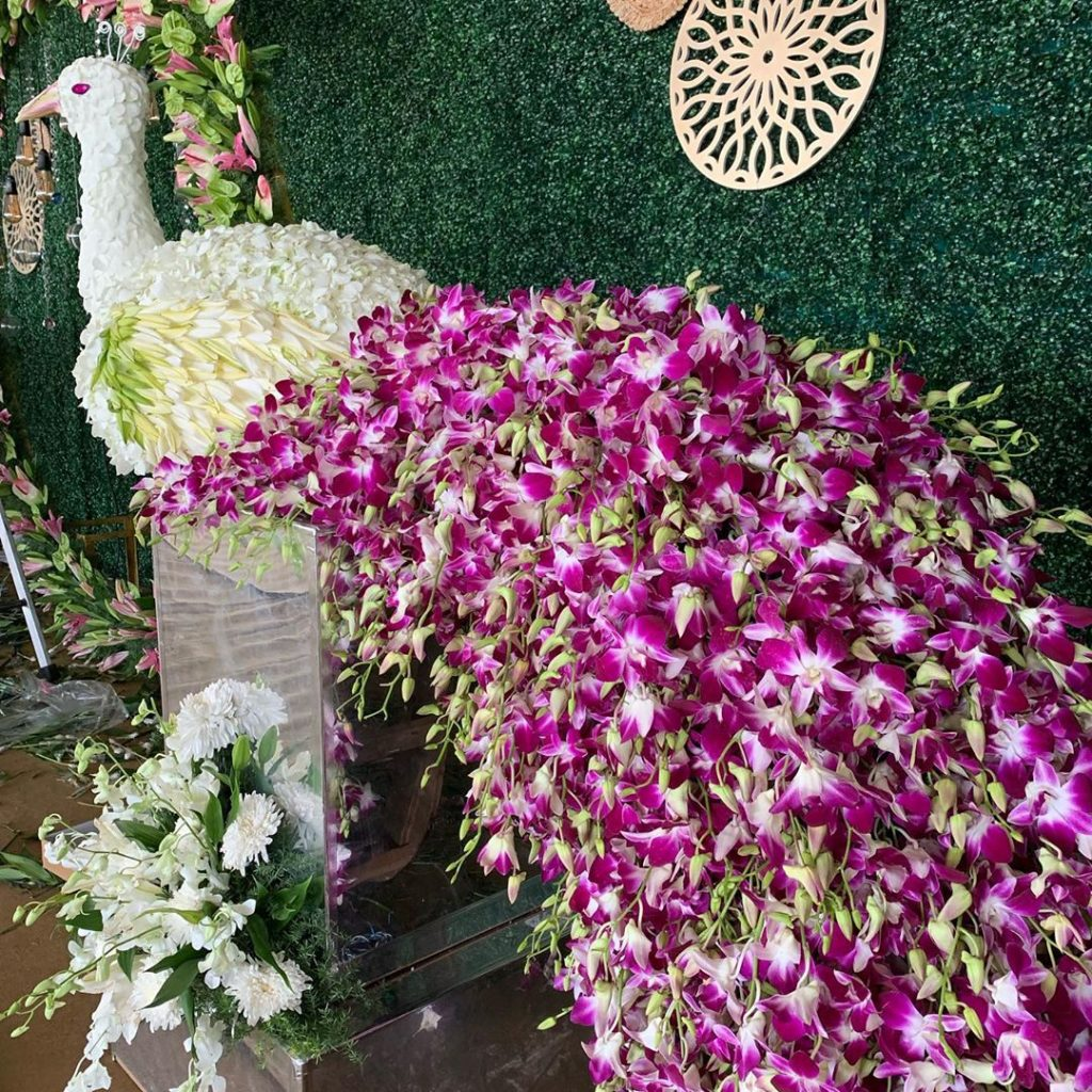 Beautify your Wedding with Fancy and Floral Peacock Decor, m 62