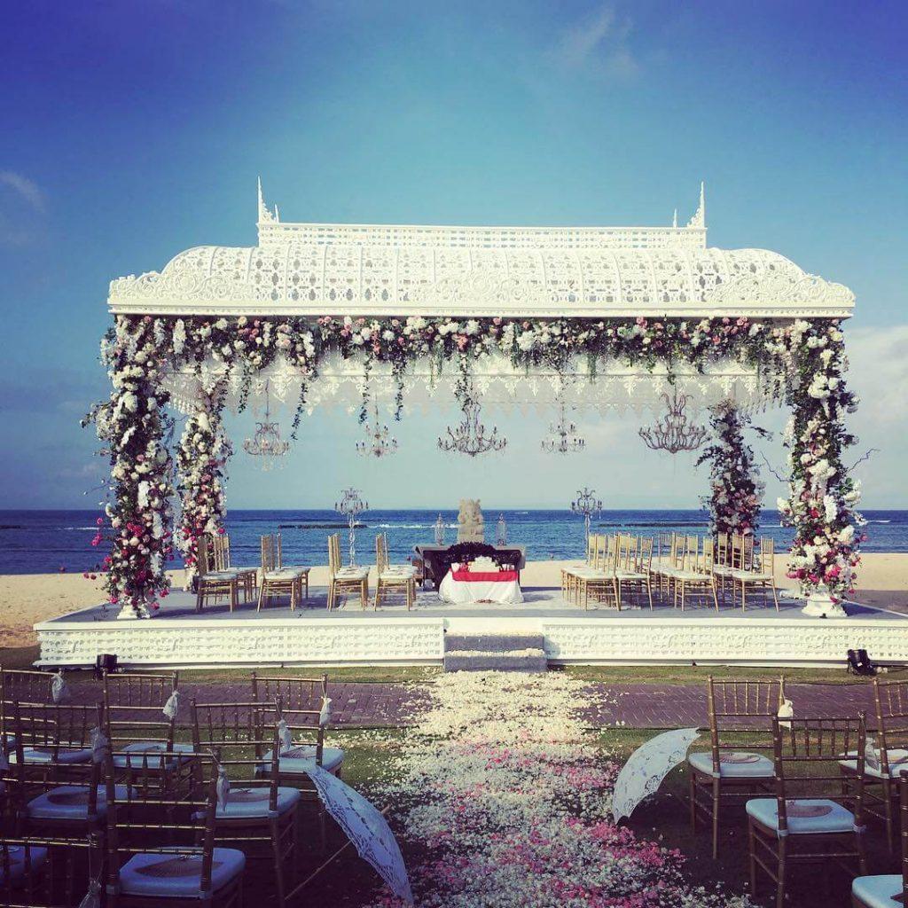 12 Gorgeous Mandap Decor For Beach Weddings, m 75