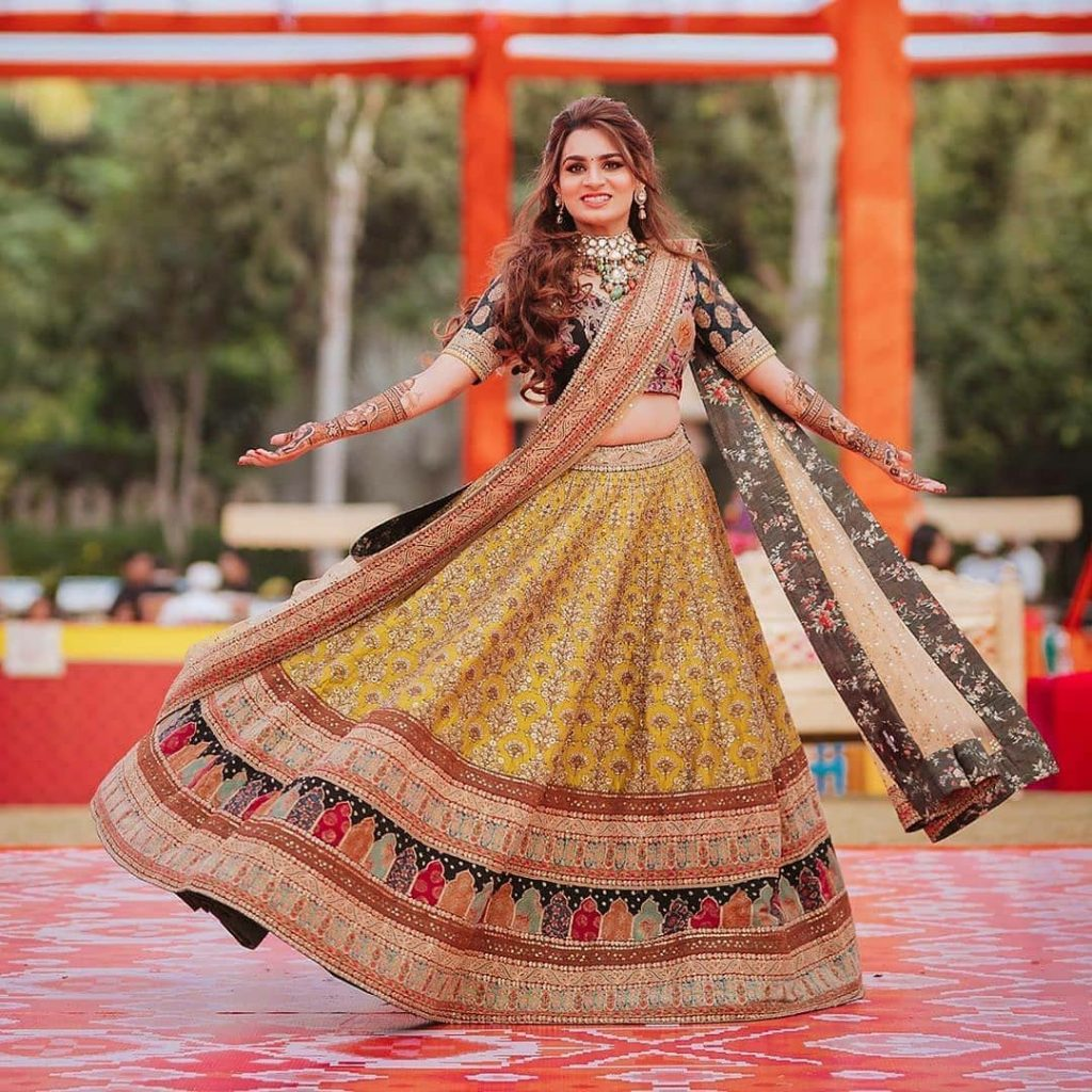Multi-Colored Lehengas For Your Pheras That Are Trending On Instagram, sabyasachibride