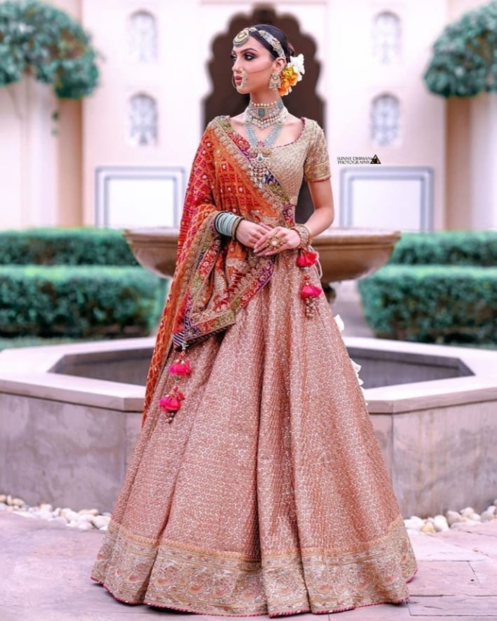 Super Cool Brides Who Rocked A Bandhani Dupatta With Suave!, davianna333 1603097614878