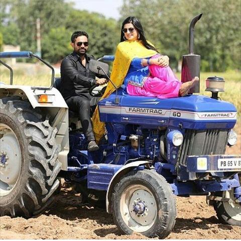 25+ Punjabi Style Pre Wedding Photo Ideas To Amp Up Your Wedding Album, IMG 20201128 WA0004