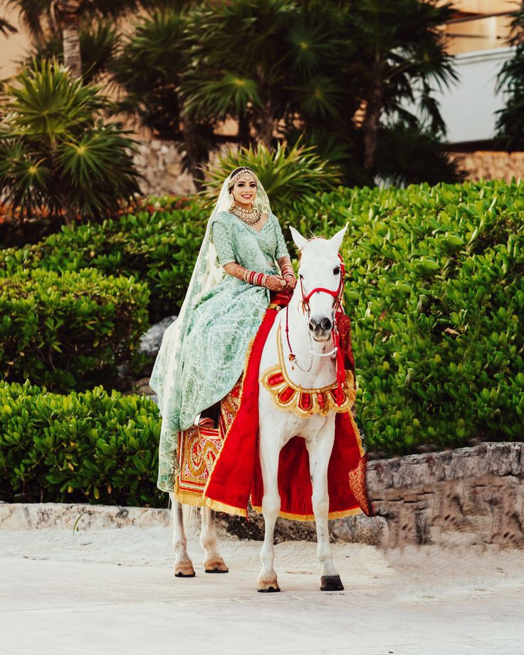 Top 11  Trending Quirky Bridal Entry Ideas For A Shandaar Entry, b667e47ba3ef9802cf257934c800913c