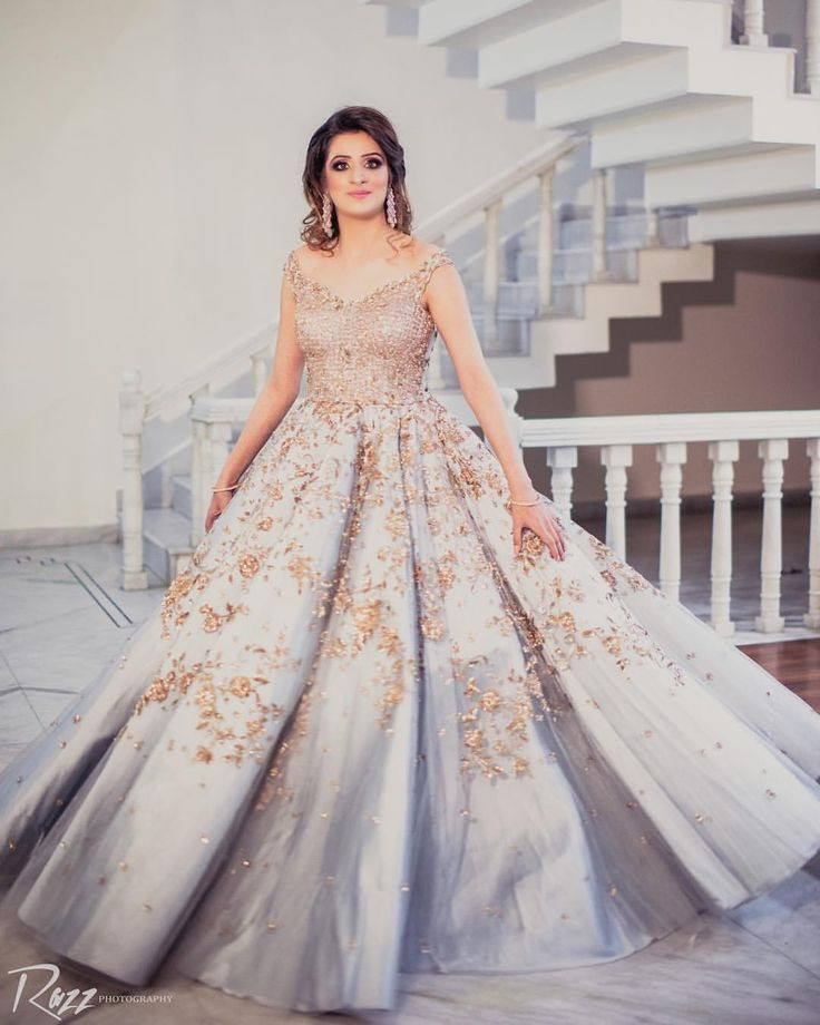 32 Dazzling Engagement Outfits To We Cannot Get Our Eyes Off, ecd791066e07a85b26bb0b4ff2eee3fc