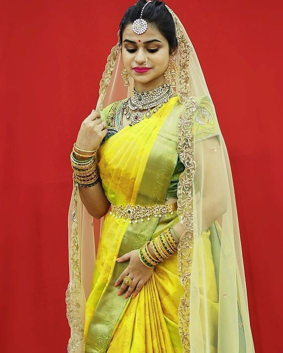 21 South Indian Brides Who Had Us Crushing Over Their South Indian Style, 4e5bbaa0a4ac300c5311279d4fb757f2