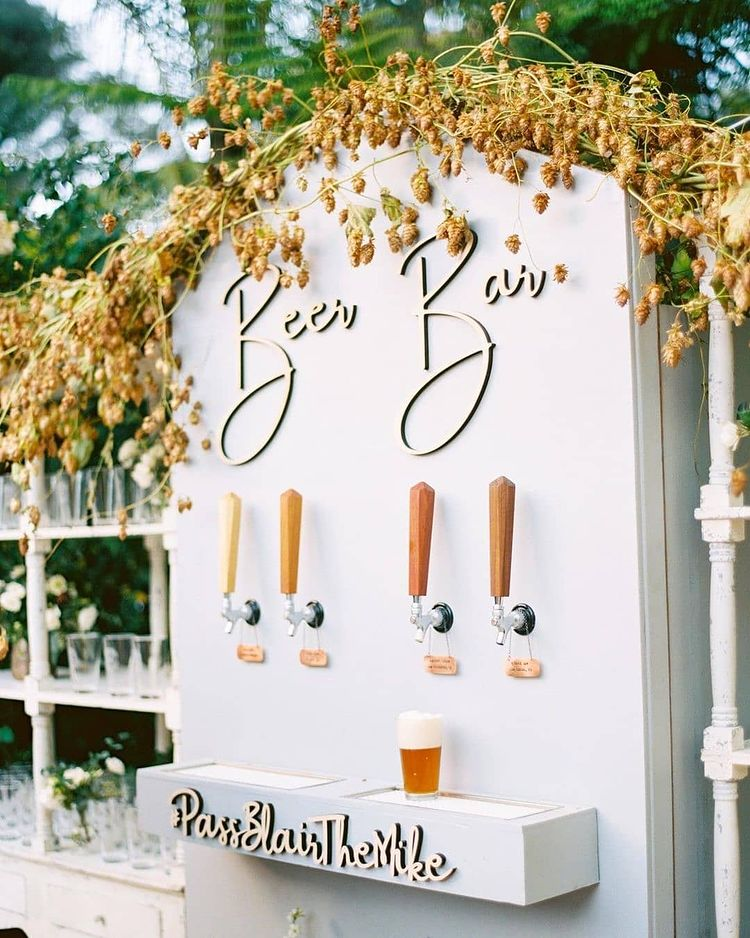 Impressive Wedding Bar Themes and Setup Ideas, instagramphotodownload.com Style Me Pretty 1