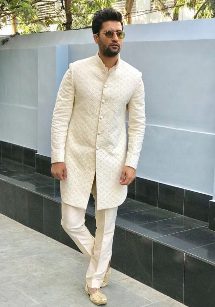 15 Stunning Outfit Inspiration From Vicky Kaushal's Closet For Grooms!, vicky 17