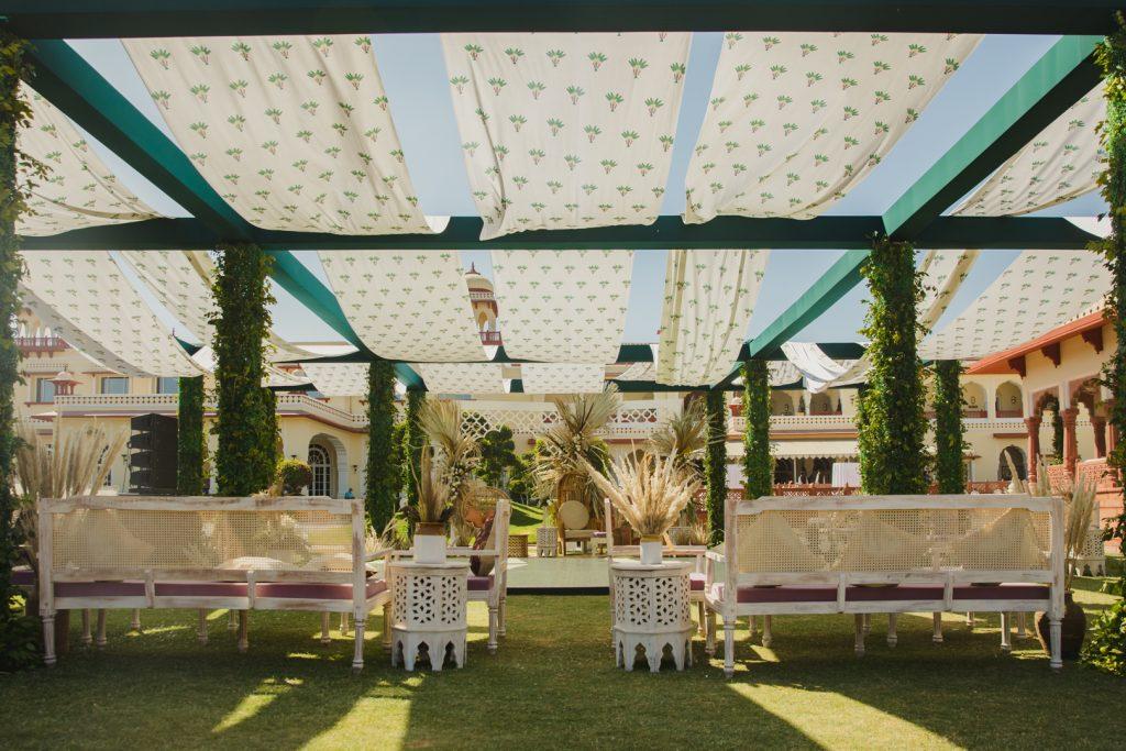Glorious Palace Wedding of Hanna S Khan and Shahrukh Merchant is Straight Out of a Fairytale, Hanna Mehndi Decor 2 of 16