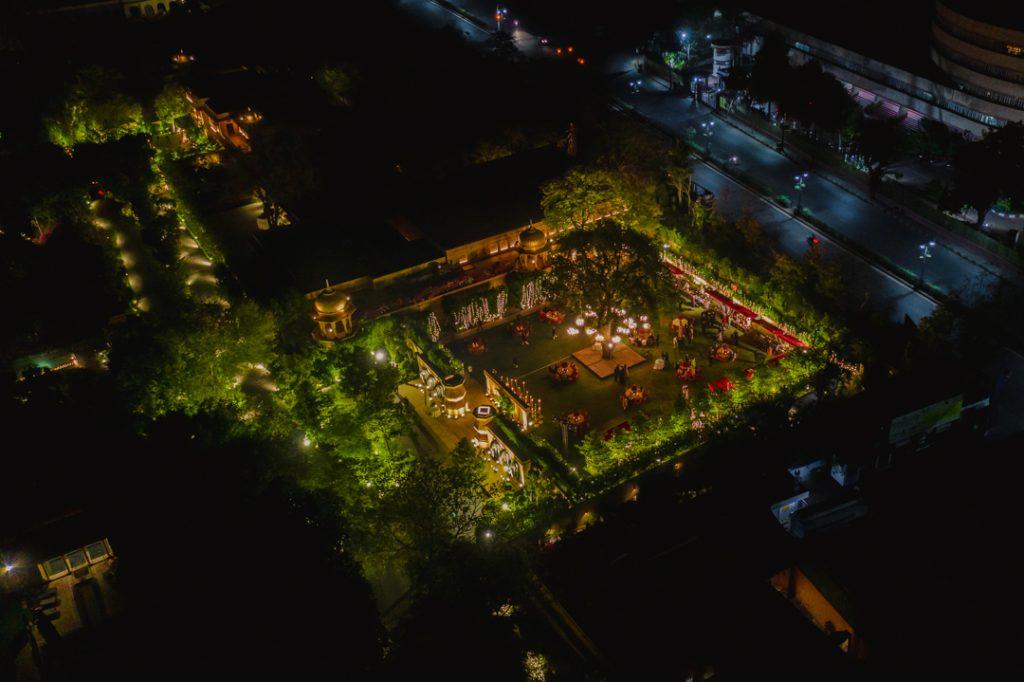 Glorious Palace Wedding of Hanna S Khan and Shahrukh Merchant is Straight Out of a Fairytale, Hanna Wedding Reception Decor 23 of 23