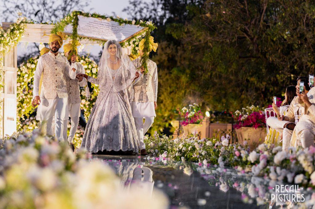 Glorious Palace Wedding of Hanna S Khan and Shahrukh Merchant is Straight Out of a Fairytale, Recall Hanna Shahrukh Nikah 1016